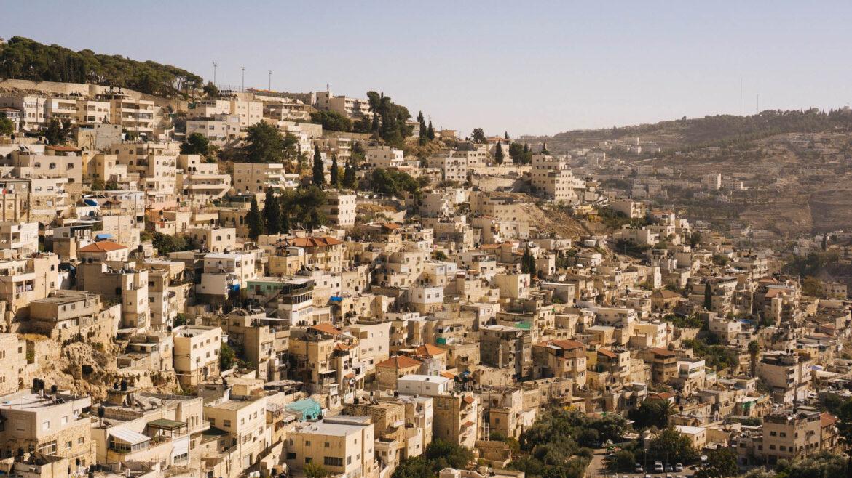 Árabes atacaram ônibus em Jerusalém e foram presos